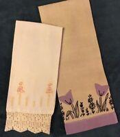 2 Vintage Linen Hand Towels Embroidered Beautiful Handwork