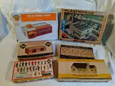 Ho Plasticville Lot x6 hobby shop citizens road signs cent store New England ra