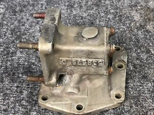 TCM Continental 538579 Oil Pump Cover Tach Drive  Assembly