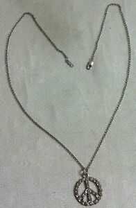 """PEACE SIGN NECKLACE ~ WORN ON THE HIT 1970'S TV SHOW """"THE PARTRIDGE FAMILY""""!"""