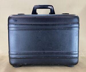 """Vintage Zero Halliburton Black Matte Aluminum 18"""" Business Briefcase Made in USA"""