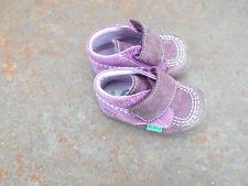 Chaussues  ENFANTS be MARQUE KICKERS T 18 violettes  A 10€ ACH IMM fp compris mo