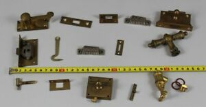A4/15 Old Pieces - Fittings+Castle+Handle+ Hook + Div - Approx. 1.3lbs 350