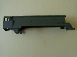 Wrenn 00 gauge unrebuilt West Country (spamcan) loco body casting only, spares o