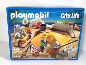 Playmobil 4138 CITY LIFE Builders Construction Site New Brick Laying Building