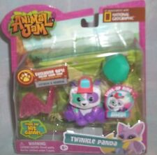 National Geographic ANIMAL JAM *TWINKLE PANDA* & Light Up Ring 5+