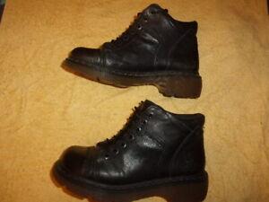 Dr. Martens BLACK Boots WOMEN'S SIZE: 9