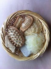 Job Lot of Brand New Body Bath Shower 7 Piece Gift Set in Wicker Basket X 3
