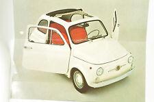 Faltblatt / Prospekt mit techn. Daten zum Fiat 500 (in französiischer Sprache)