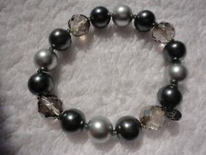 M&S faceted smoky quartz crystal dark + pale grey pearl 22 gram stretch bracelet