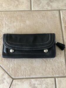 B.Makowsky black wallet