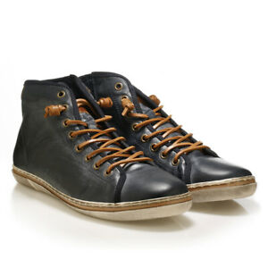 Leather fashion high top sneakers in navy with camel details. Mid cut men boots