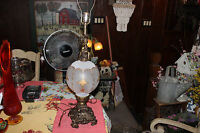 Vintage Victorian Style Angel Cherubs Table Lamp W/Frosted Glass Globe Center