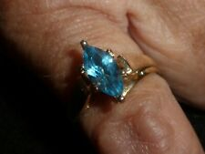 10K SOLID YELLOW GOLD MARQUISE-CUT BLUE TOPAZ CATHEDRAL RING - SIZE 7 1/4-3.07G