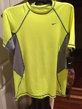 NIKE Dri-fit Fitnes ProCombat Hypercool Fitted Short Sleeve Large Neon Yellow L