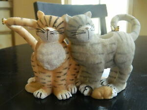 Cats at Play Toothbrush Holder by Lakeside Mouse Butterfly Holds 2 Toothbrushes