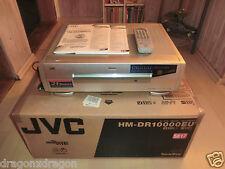 JVC hm-dr10000 D-VHS VCR, complètement dans neuf dans sa boîte avec BDA & FB, 2j. Garantie