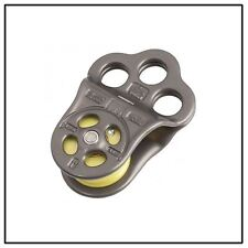 DMM TRIPLE ATTACHMENT PULLEY / HITCH CLIMBING 30kN PUL100BLT