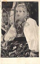 B2988 femeie saseasca din tara barsei Burzenland romania types folklore costumes