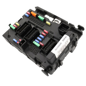 Car fuse box Fits for Peugeot 206 207 C2 307 Picasso senna 9650618280 9657608580