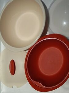 Tupperware Oval Insulated Server Orange and Beige 1 x 4.3L