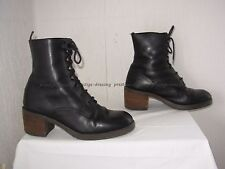 Bottines en cuir noir P.38/39
