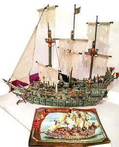 1029 Mega Bloks Pirates Of Caribbean Flying Dutchman Ghost Ship DeadMans Chest
