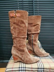 STACCATO BROWN SUEDE LEATHER WEDGED BOOTS == UK 5 == EUR 38 ==