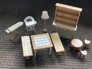 Minature Dollhouse Kitchen Set