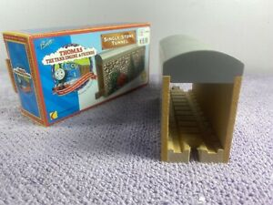 Thomas The Tank Engine & Friends Single Stone Tunnel Box Set