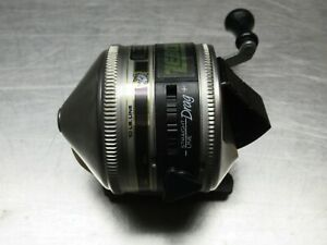 USA MADE ZEBCO 33 PUSH BUTTON SPIN CAST FISHING CASTING REEL