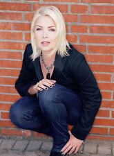 Kim Wilde UNSIGNED photo - 8656 - BEAUTIFUL!!!!!
