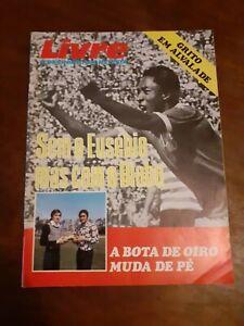 Eusébio and Yazalde 1974 soccer footbal magazine in Portuguese vintage