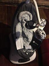 4moms mamaRoo4 Infant Seat - Dark Gray