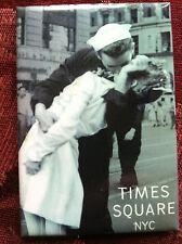 Times Square magnet WWII kissing couple Broadway NYC