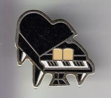 RARE PINS PIN'S .. MUSIQUE MUSIC CLASSIQUE OPERA JAZZ PIANO A QUEUE NOIR ~DF