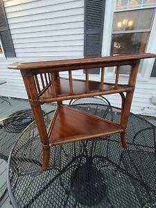 *Nice* Ethan Allen Collector's British Classic Corner Table PLT 9796 3/16