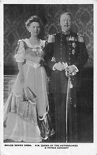 POSTCARD  ROYALTY   NETHERLANDS   The  Queen  &  Consort