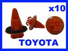 10 TOYOTA land cruiser Wheel arch sill mud guard clips  plastic fastener 71D