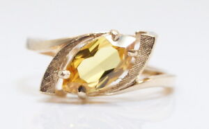 NOS C.1940s Gorgeous GOTHIC 10K Yellow Gold 1.75 Ct Marquise Citrine Ring Size 6