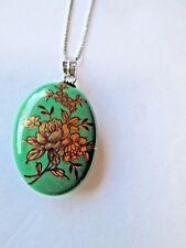Vintage Green Oval Porcelain Pendant Necklace Gold Flowers 925 Sterling chain