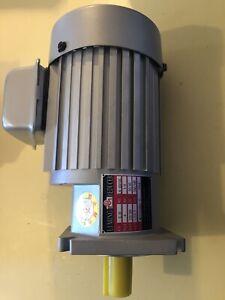 Elecrtic Motor Lm Reducer 1/4hp 220/380vt 1360/1680rpm New