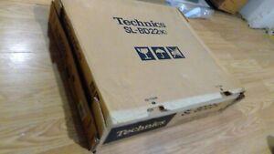 TECHNICS SL-BD22D BLACK TURNTABLE IN BOX Sem Automatic VINYL record player