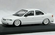 MINICHAMPS P948001 FORD MONDEO 2.5L V6 SUPERCHARGED model car white 1:43rd scale
