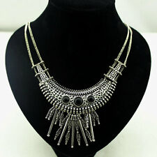 Very Cool Vintage Retro Style Antique Silver Coloured Chandelier Necklace