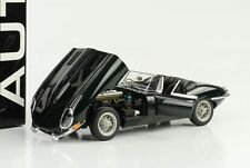 1961 Jaguar E-Type 3.8 Roadster Series 1 racing grün diecast 1:18 Autoart 73604