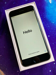 Apple iPhone 6 32GB - Space Grey - UNLOCKED - *used but in excellent condition*