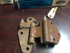 NOS 1957 1958 FORD 4 DOOR OR WAGON LH REAR LOWER DOOR HINGE B7A 7326811 RANCH