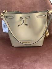 michael kors Trista bucket bag