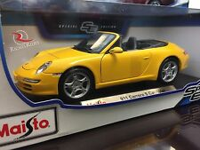 Maisto 1:18 Scale Diecast Model Car - Porsche 911 Carrera S Cabriolet (Yellow)